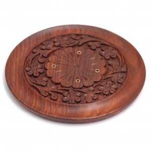 Bilde av Carved Garland - Round Wooden